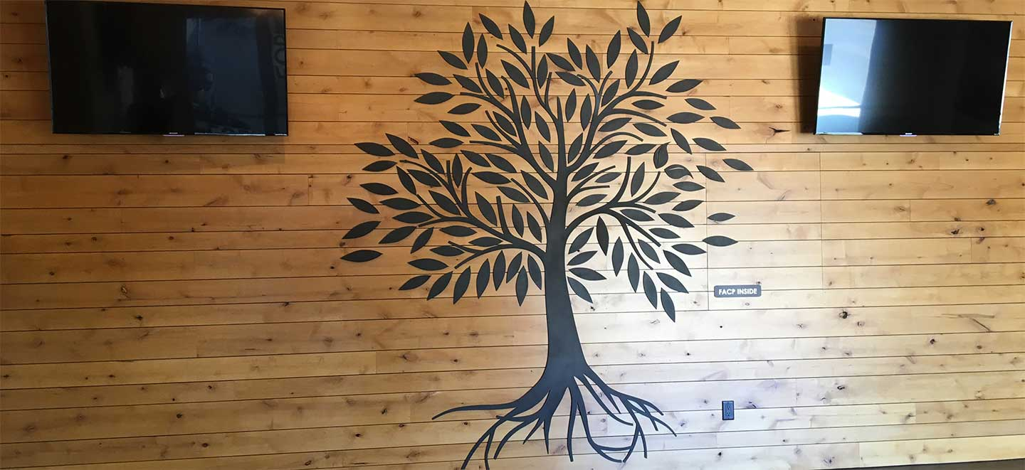 Plasma Cut Metal Wall Decoration of Tree