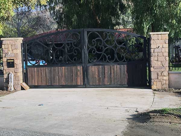 Gorgeous Ornametal Wrought Iron Driveway Gates